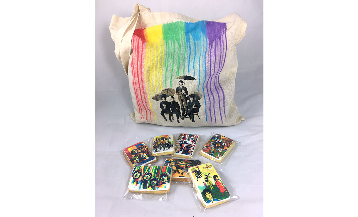 Tote bag y galletas The Beatles